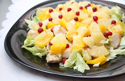 Куриный салат с ананасами рецепт